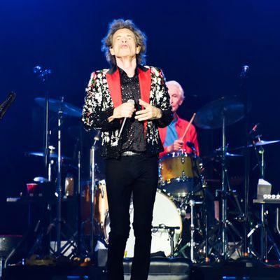 """Sans Charlie Watts, les Rolling Stones repartent en tournée avec la """"magie"""" d'un """"mythe"""""""