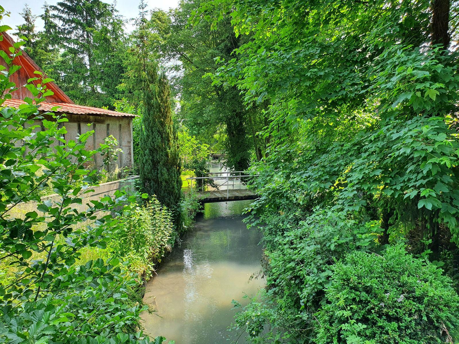 Traversée de Saint-Amand-sur-Fion
