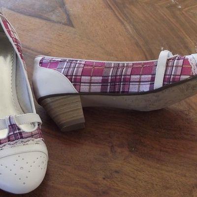 Diese Schuhe trag ich Heute :)