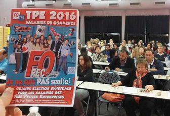 Les salariés des TPE du commerce menacés par la loi Macron et le projet de loi El Khomri