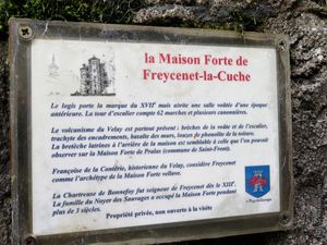 La maison-forte de Freycenet-la-Cuche