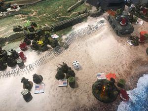 Les Rangers débarquent eux aussi avec pour objectif de prendre le deuxième bunkers.Les Allemands sont débordés, heureusement pour les retarder l'artillerie allemande se réveille !