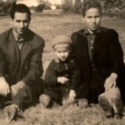 NEAGU MIHAI , Born in 23 November 1924 in Cernauti , and Son NEAGU MIRCEA , Born in 29 April 1963 in Bucharest , and My Ex. Mother NEAGU EUGENIA , with First Name ADOMNITII EUGENIA , Born in 12 October 1932 in Partestii de Jos - Suceava . Photo , in Park , Soseaua Mihai Bravu Nr.98-106 Bloc D.16 , Bucharest .