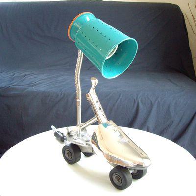 Lampe faisselle à roulettes