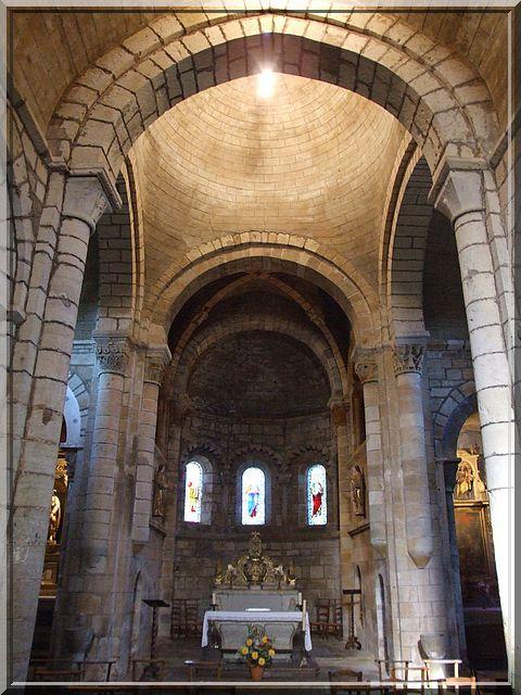 Diaporama église fortifiée de Saint-Pierre-Toirac