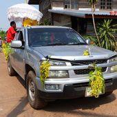 Songkran à Ban Muang - Noy et Gilbert en Thaïlande