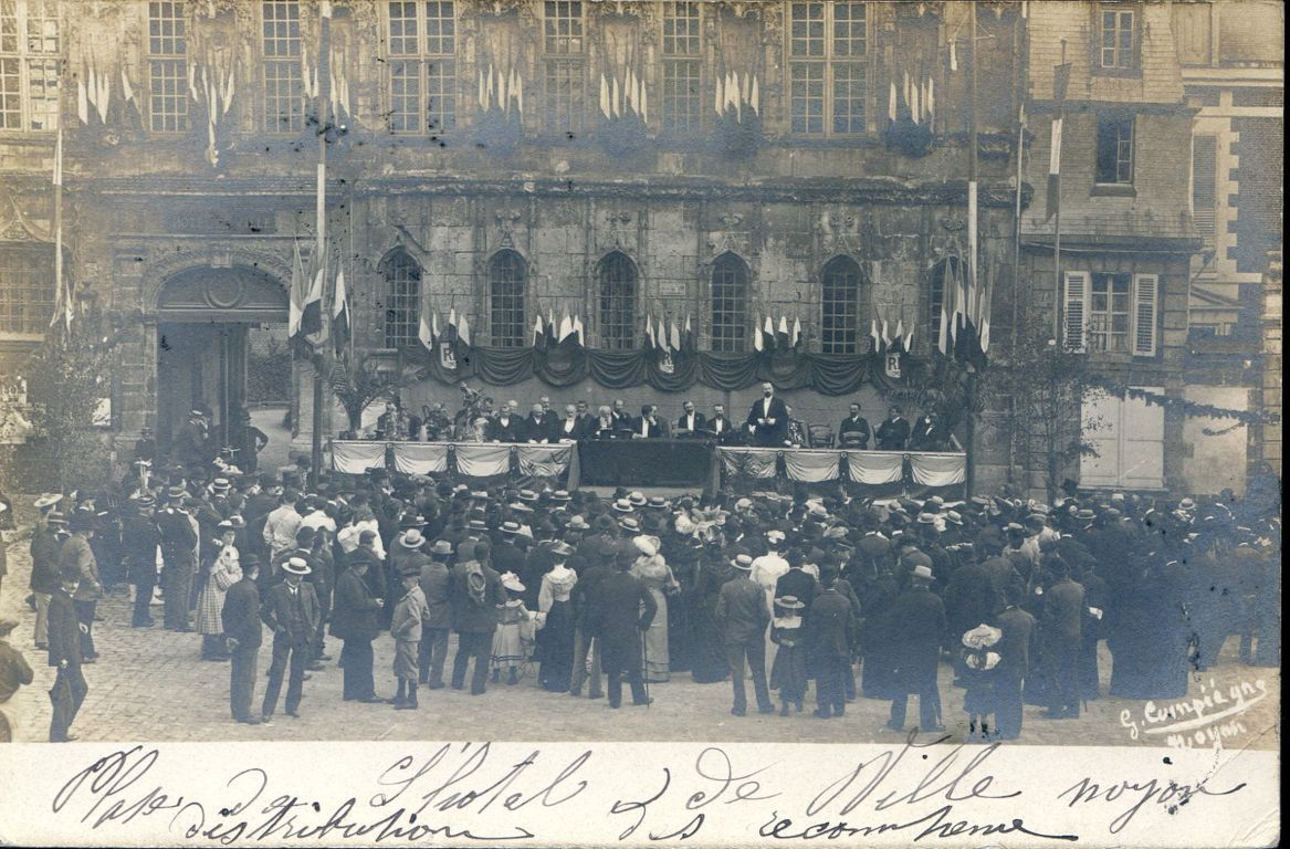 Album - la ville de Noyon (Oise), les écoles, différentes photos (1)