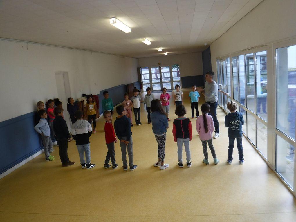 Bagad de Lorient à l'école