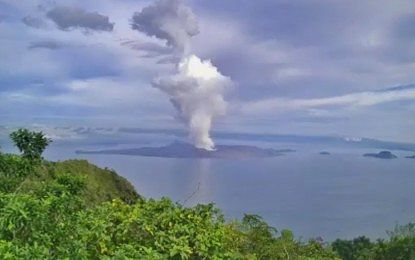 Taal - gas and steam plume at Taal volcano Island on 15.10.2021 - Doc. Pengasa FB