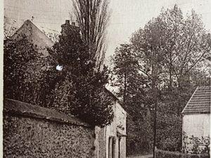 St-Lambert - Postée en 1908 : Rocaillage décoratif en meulière XIX siècle de la façade de la Maison - Postée en 1946 : Chemin de la Fontaine - Postée en 1939 : Chemin du Moulin