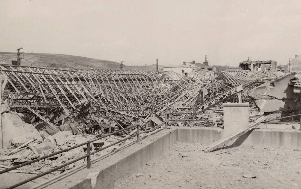 Destructions causées par le bombardement - La Ricamarie - Mars 1944 - Archives Municipales de Saint-Etienne - Série 5H ICONO 36