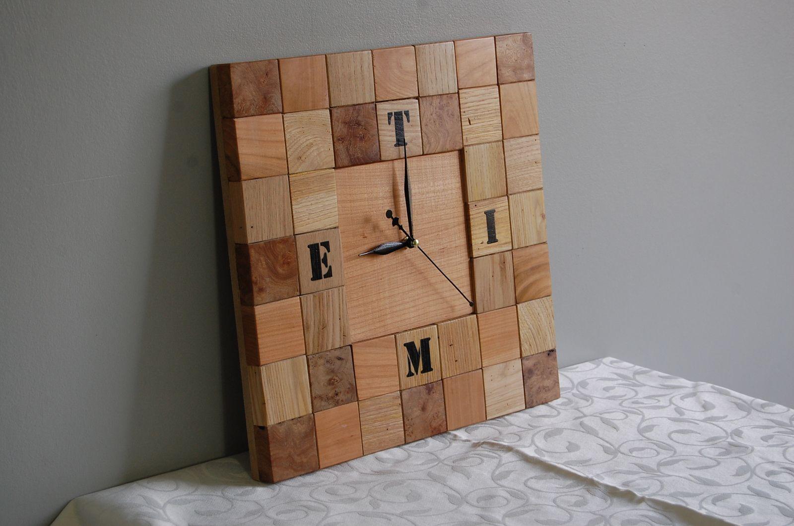 Détournements D'objets - Décorations- Cadres - Miroirs - Lampes -Plateaux - Horloges-Ancienne Malle