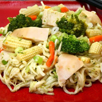 Spicy noodles with vegetables recipe