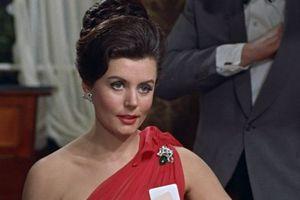 First James Bond girl Eunice Gayson dies at 90