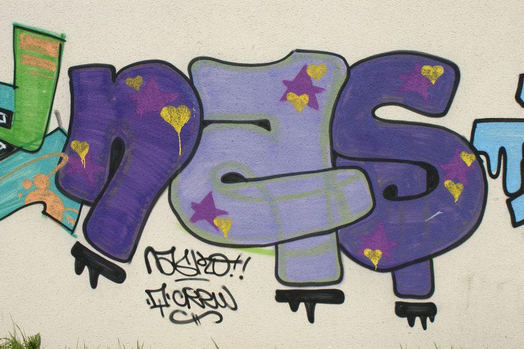 Album - Graffitis-IVRY-sur-Seine-tom-001