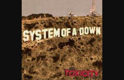 SYSTEM OF A DOWN sortait il y a 19 ans son 1er album !