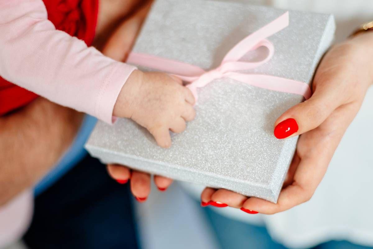 Cadeau de naissance : comment faire le bon choix ?