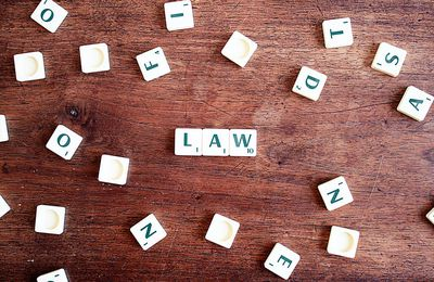 Who Benefits From Using a Personal Injury Lawyer?