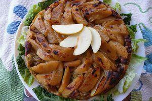 tatin de pomme à la saucisse de Toulouse et au chou