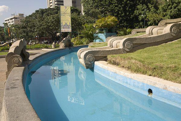 Album - 3-Estilos-en-el-Alba--Caracas.