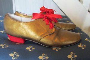 Je customise mes chaussures de danse baroque