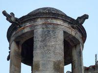 L'église Saint-Vincent vue de tous côtés