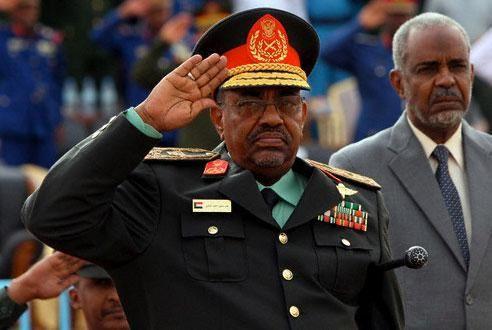 Omar Hasán Ahmad al Bashir, el carnicero genocida de Hartum.- El Muni.