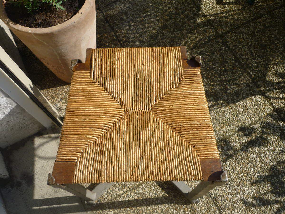 Réfection de sièges anciens cannés ou paillés