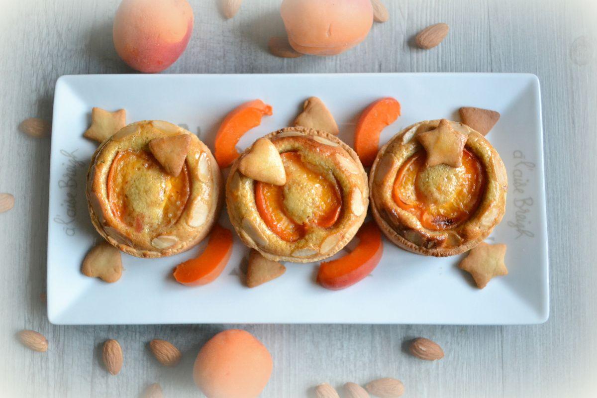 Tartelettes sablées aux abricots-amandes