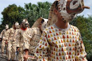 Folklore traditionnel du Panama. Les Cucuas de San Miguel Centro