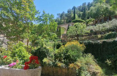 Saint-Guilhem-le-Désert : mon coup de coeur pour l'un des plus beaux villages de France
