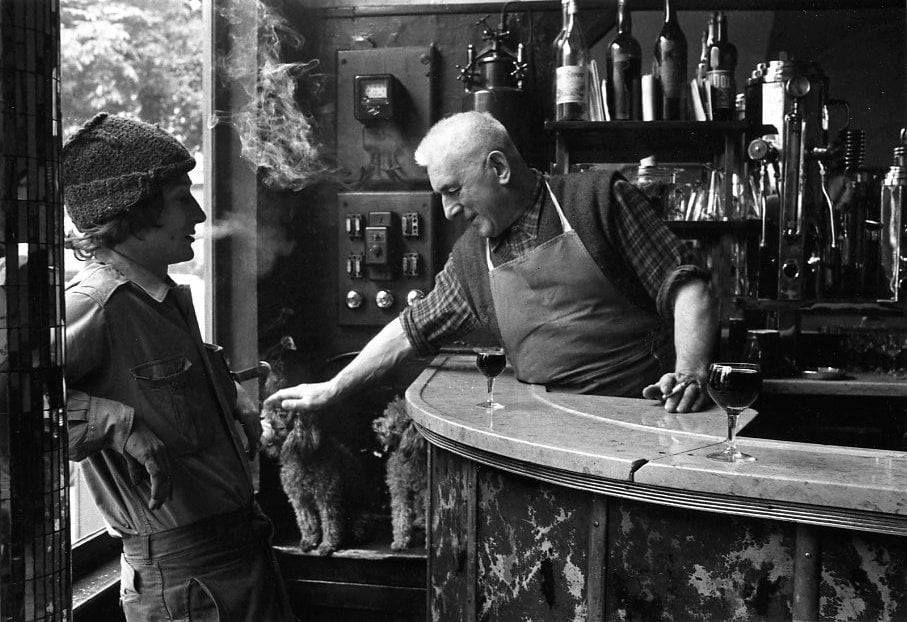 Jean Settour, bar des BOF place des Innocents, 1972