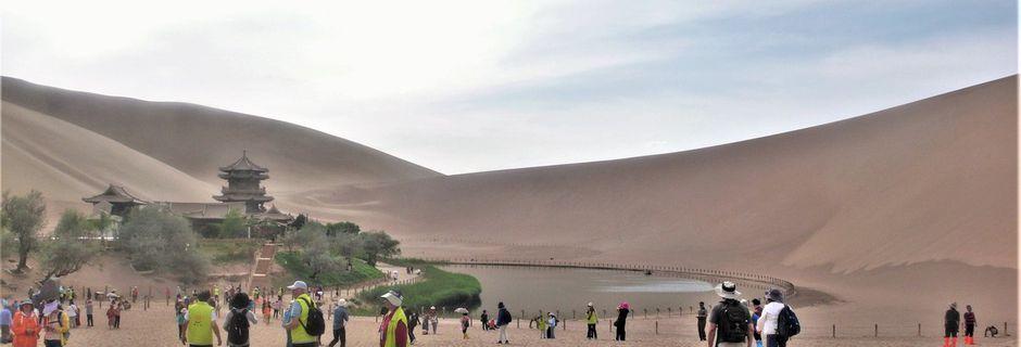 Gansu (4) ... Dunhuang, des grottes bouddhiques et un désert