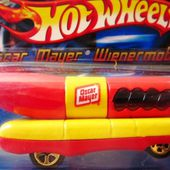 OSCAR MAYER WIENERMOBILE 1993 HOT WHEELS 1/64 - car-collector.net