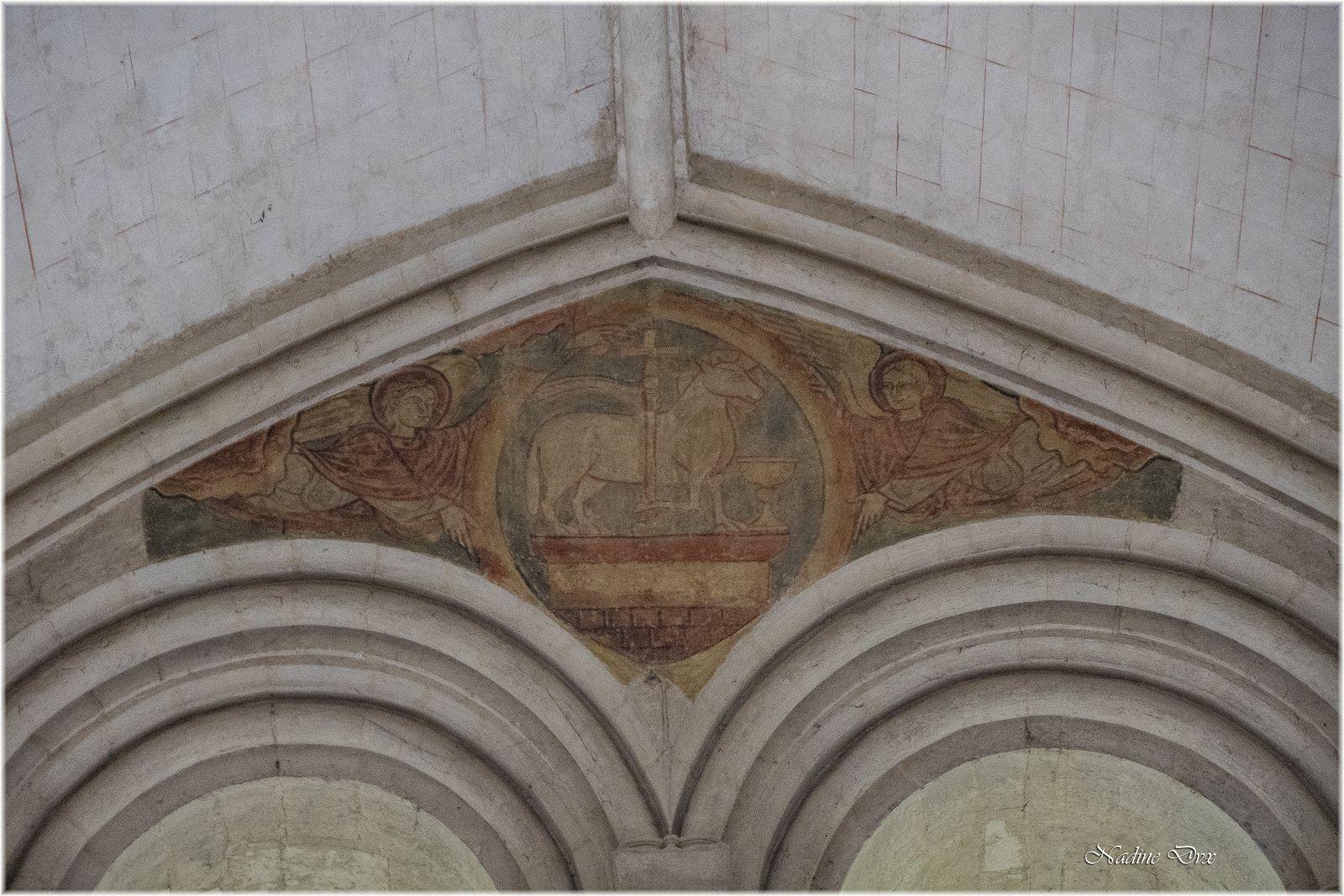 Chapiteaux et peintures murales de l'église Sainte Jeanne d'Arc ou l'hôtel-Dieu de Coëffort - Le Mans
