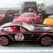 FERRARI 365 GTB/4 HOT WHEELS 1/64. - car-collector.net: collection voitures miniatures