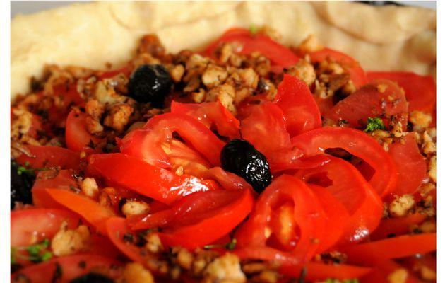 [recevoir simplement des amis véganes] : tarte à la tomate