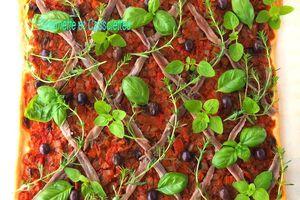 Tarte aux Tomates et aux Herbes Aromatiques