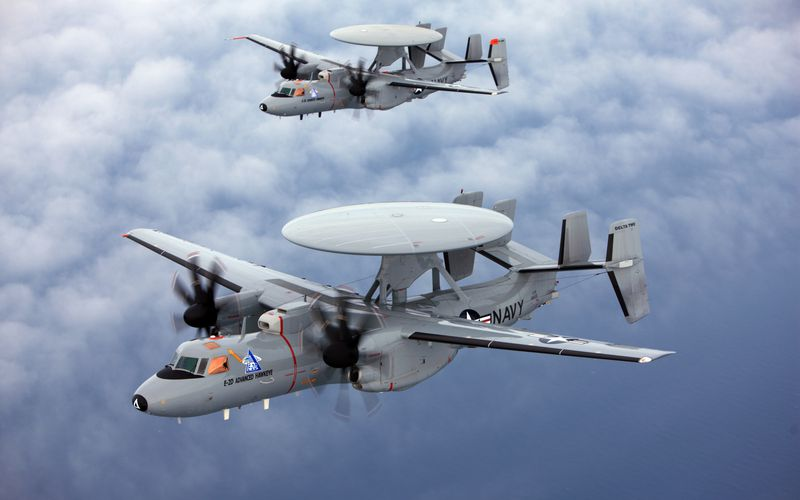Northrop Grumman teste en vol l'E-2D Advanced Hawkeye ravitaillable en vol