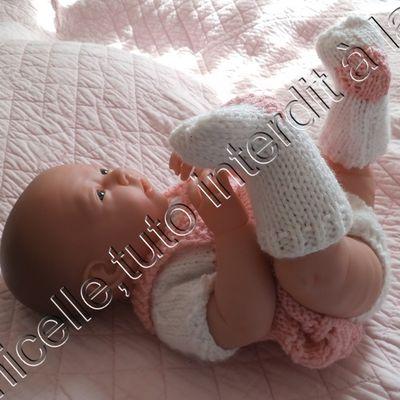 tuto gratuit poupée: chaussettes bicolores
