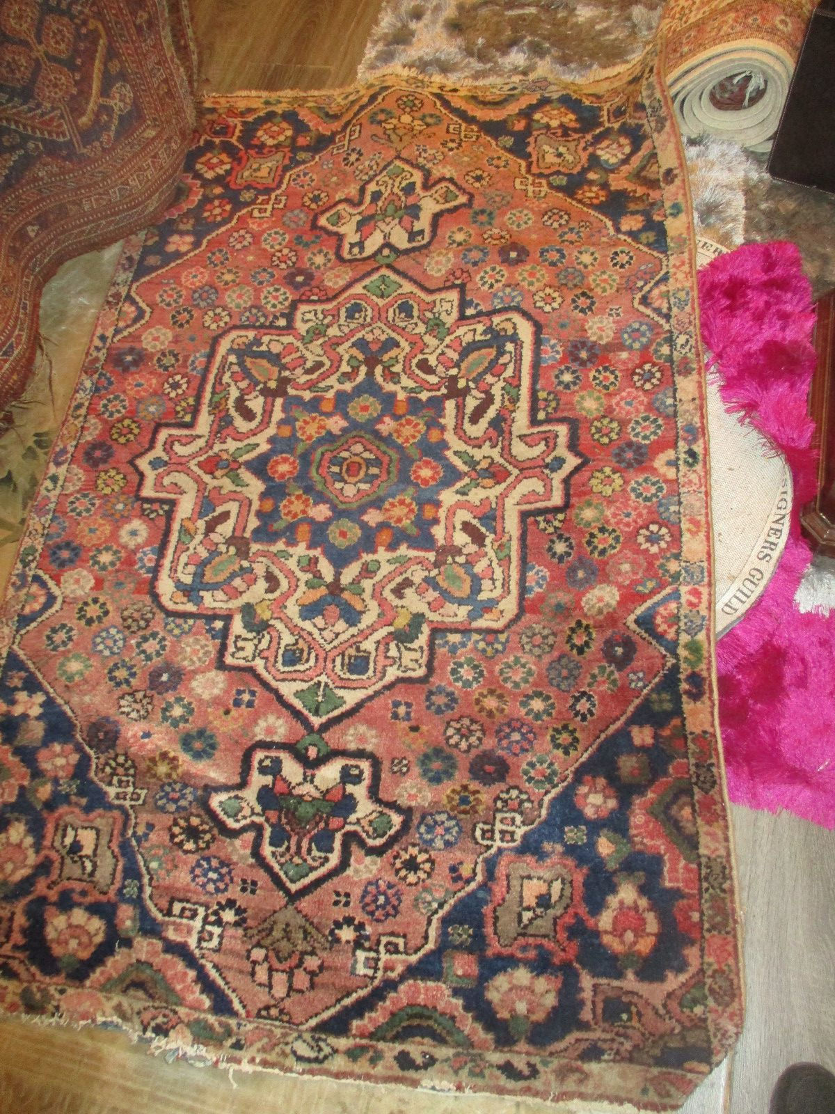 tapis orient d Iran fait mains occasion tres bon etat  prix entre 135€ et 165€