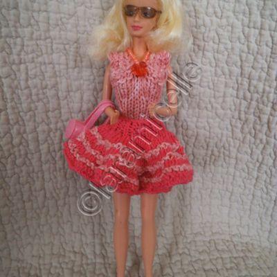 tuto gratuit barbie: body et jupe en forme pour une tenue chic