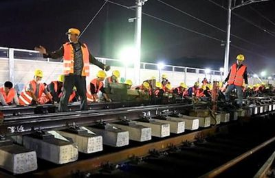 Chine : 10 heures pour construire une gare