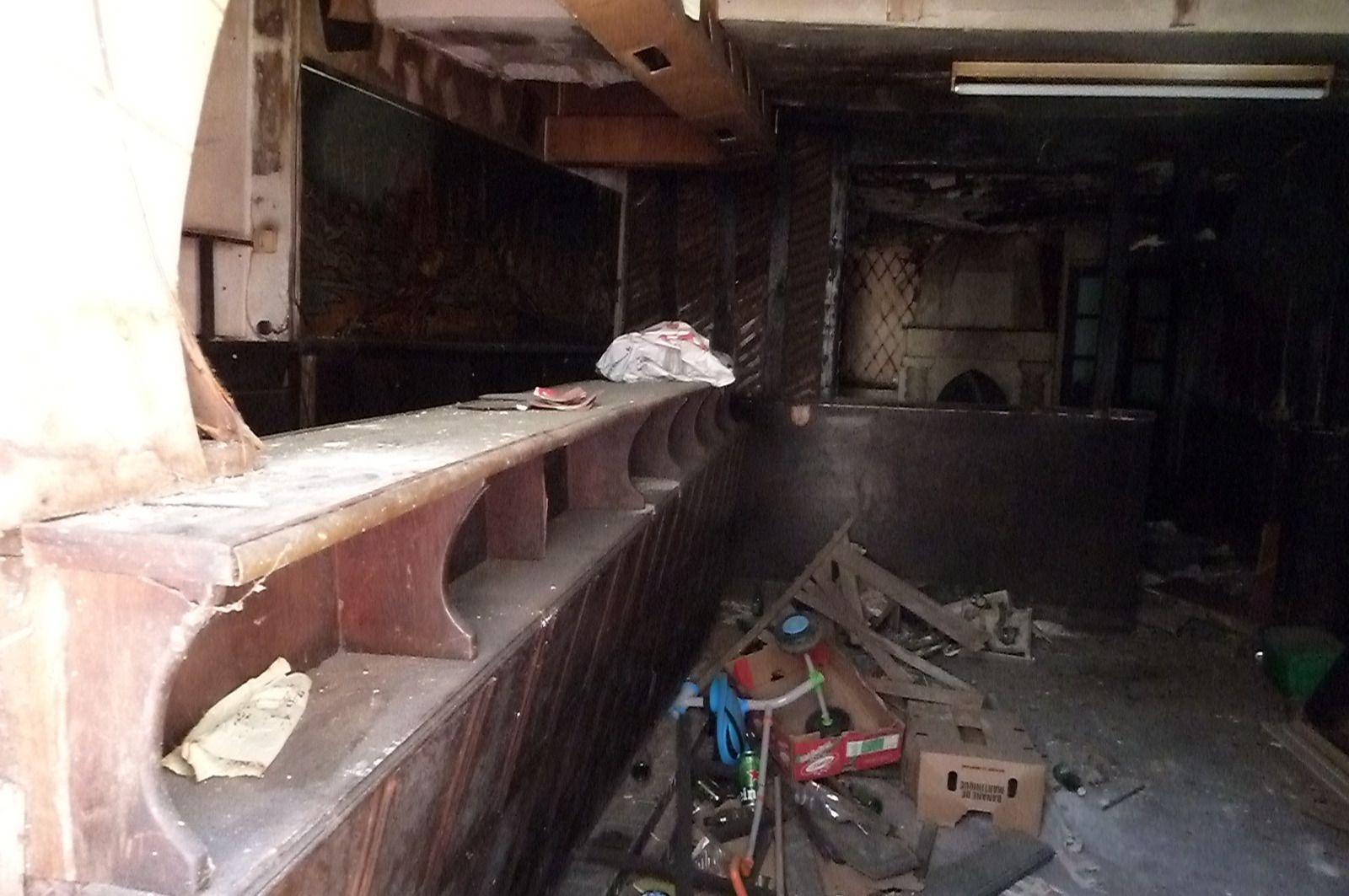 L'ancien café de la rue Victor Hugo défoncé