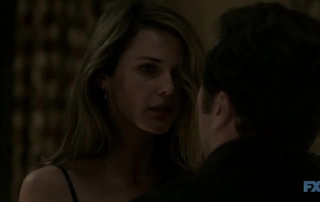 Critiques Séries : The Americans. Saison 2. Episode 6. Behind the Red Door.