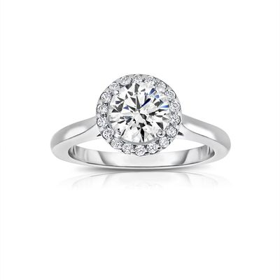 Essential Aspects to Consider While Buying Engagement Rings