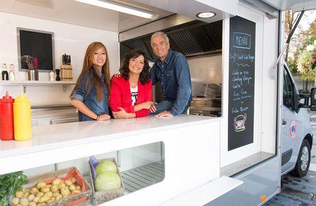 """France 2 prépare une toute nouvelle émission baptisée """"Mon Food Truck à la clé""""."""