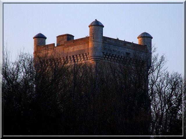 Diaporama des 2 châteaux de Tendu