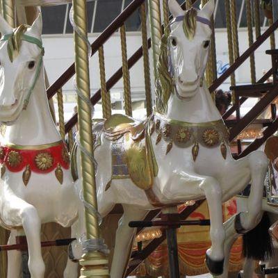 Manège de chevaux de bois