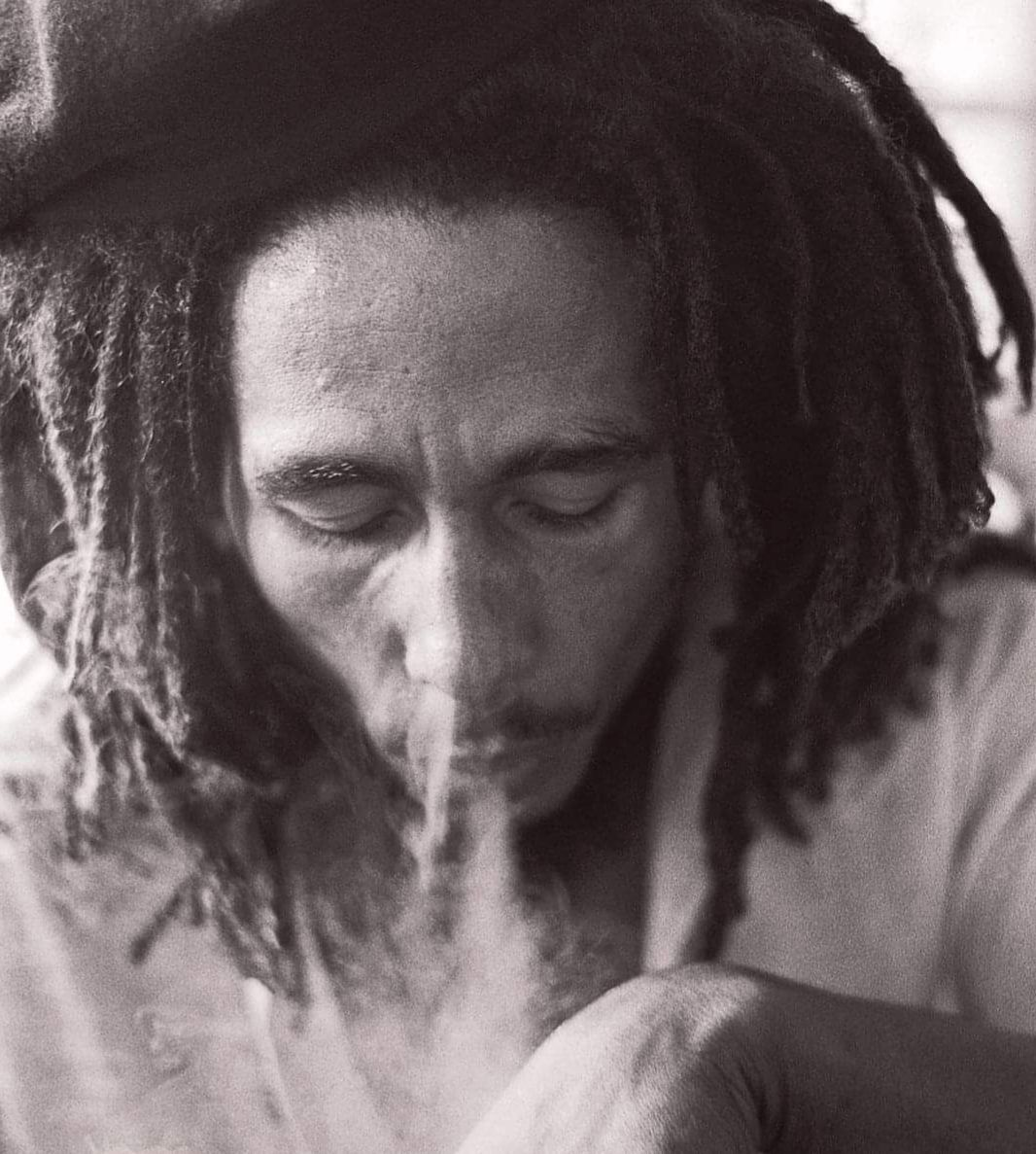 «Bob MARLEY (1945-1981) : un rebelle lumineux, symbole universel de la conscience noire et défenseur des opprimés» par M. Amadou Bal BA - http://baamadou.over-blog.fr/